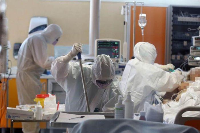 Gestión de los equipos de Enfermería de UCI durante la pandemia COVID-19. Enferm Intensiva. 2020
