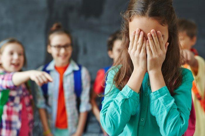Acoso escolar (bullying) como factor de riesgo de depresión y suicidio Rev Chil Pediatr. 2020