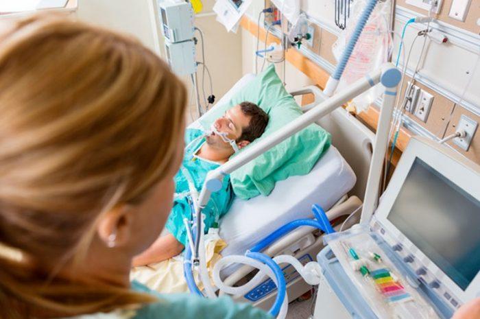 Características de la ventilación mecánica invasiva en COVID-19 para médicos no especialistas Rev Chil Anest 2020
